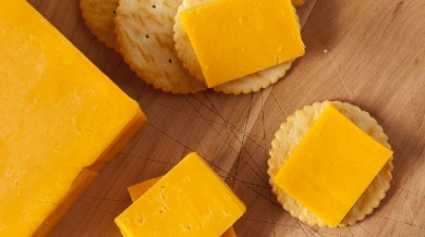 cheese and crackers | Island Real Estate